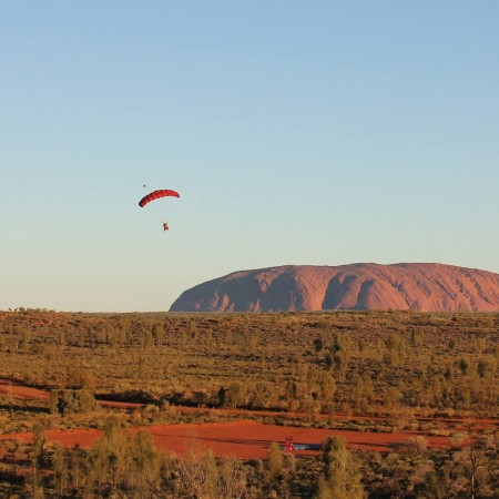 Skydiving Uluru,